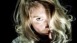 Психотерапевт рассказала, как распознать шизофрению попервым признакам