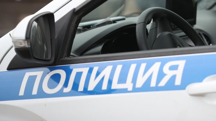 Мужчина спятилетним ребенком выпали изокна вМоскве