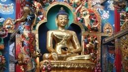 ВКитае случайно построили многоэтажку над древней статуей Будды