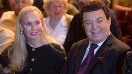 «Двое детей— это так мало»: вдова Кобзона жалеет, что неродила певцу больше наследников