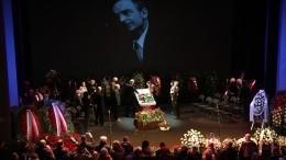 «Его все любили»: Бабенко прокомментировала заявление Садальского, сделанное после похорон Гафта