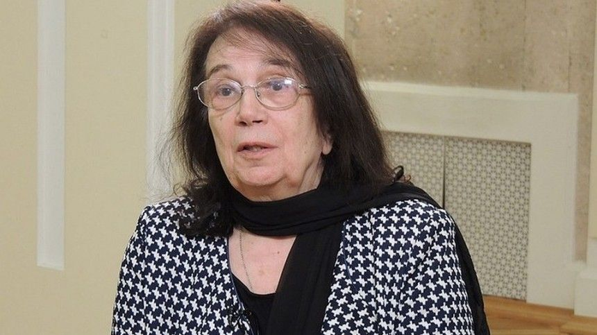 «Пострадала моя репутация»: вдова Баталова написала резкое письмо Михалкову