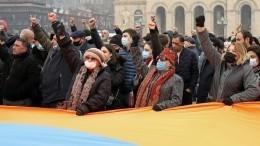 ВЕреване проходит одна изсамых массовых акций протеста