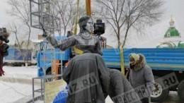 Автор памятника Аленке объяснил неудачное исполнение своего творения