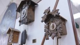Новогоднее чудо: Часы вмузее вИркутской области «ожили» после землетрясения