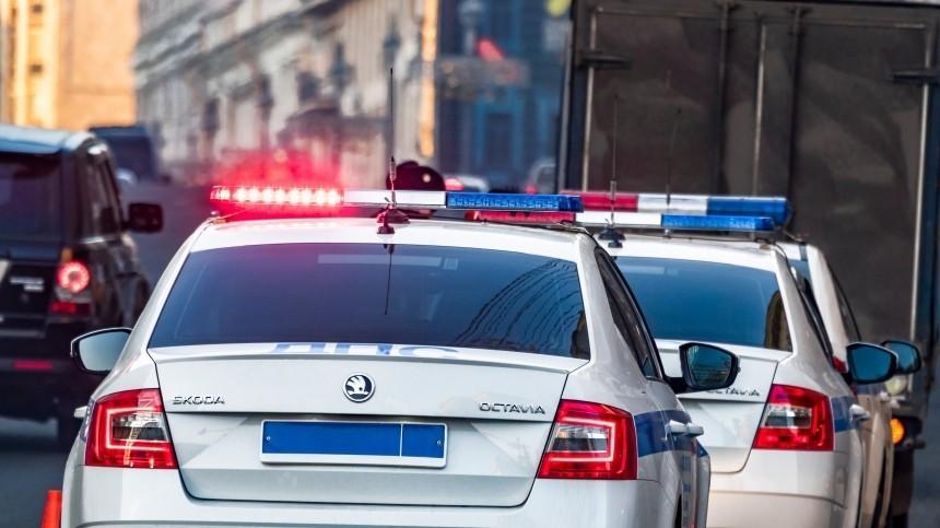 Мужчина совзрывным устройством впакете обстрелял полицейских под Москвой