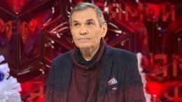 «Нашел утешение вромане»: директор Алибасова осостоянии продюсера после развода