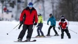 Тысячи туристов устремились наКрасную поляну, где открылся горнолыжный сезон