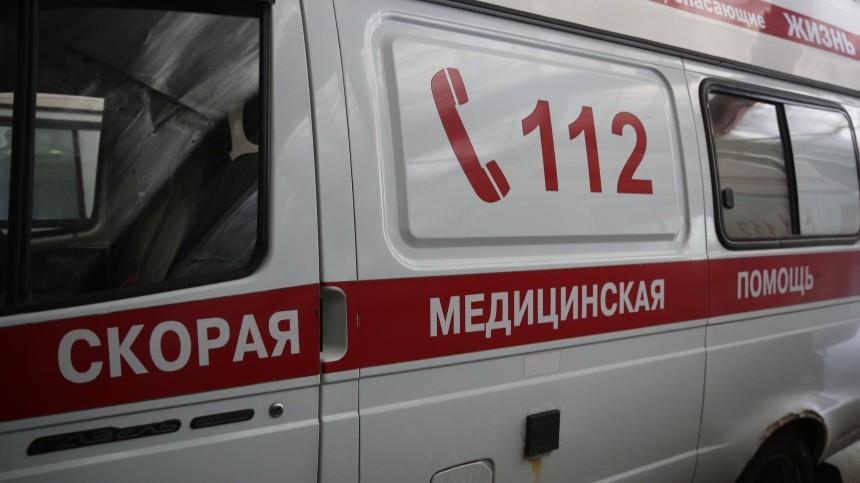 Мужчина скончался ввестибюле станции «Гражданский проспект» вПетербурге