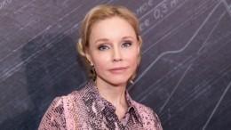 Вдову Олега Табакова экстренно госпитализировали