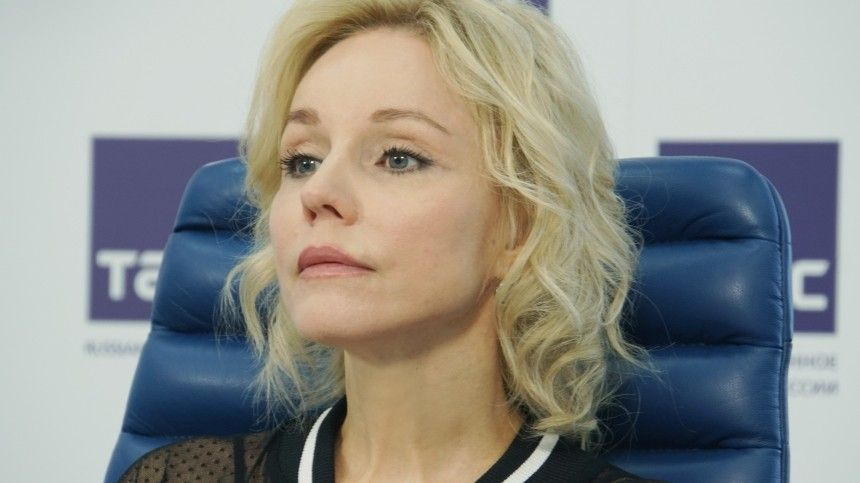 Вдова Олега Табакова ответила насообщения освоей госпитализации