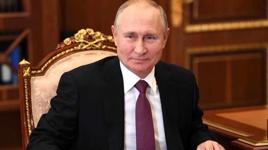 Песков заявил, что Путин сам расскажет, когда сделает прививку отCOVID-19