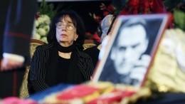 Цивин рассказал отайных ссорах вдовы идочери актера Баталова