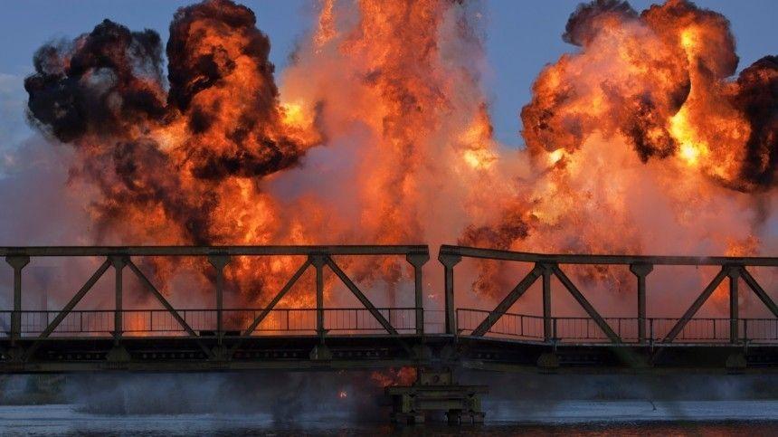 Ювелирный демонтаж: 80-метровый мост вКитае снесли задесять секунд