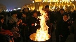 Протестующие вЕреване устроили «коридор позора» для депутатов парламента