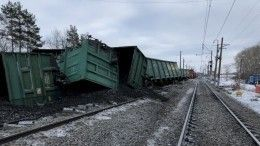 Поезд сошел срельсов вЗабайкалье изаблокировал железнодорожные пути— фото