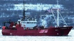 ВБаренцевом море продолжается поиск рыбаков сзатонувшего траулера