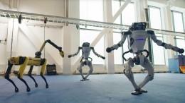 Высокоинтеллектуальные «грязные танцы»: роботы пустились впляс под хиты 60-х