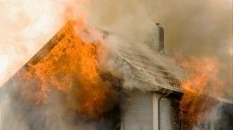 Сгоревшими вчудовищном пожаре вЧувашии оказалась семья стремя маленькими детьми