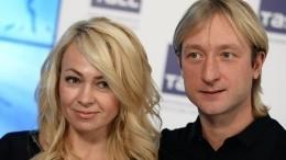 Плющенко иРудковская впервые показали лицо младшего сына— фото