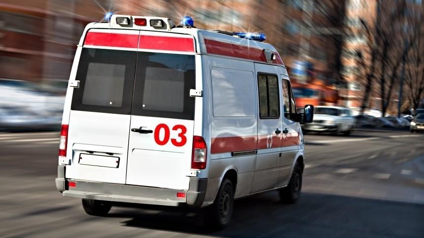 Житель Ленобласти выбросил изокна четвертого этажа свою жену