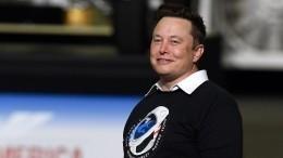 Илон Маск стал самым богатым человеком вмире