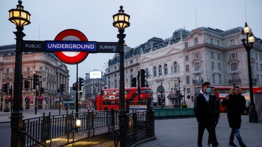 Мэр Лондона объявил режим ЧСиз-за сложной ситуации сCOVID-19