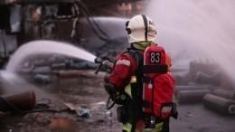 Пожар охватил подъезд вмногоэтажном доме наюго-востоке Москвы