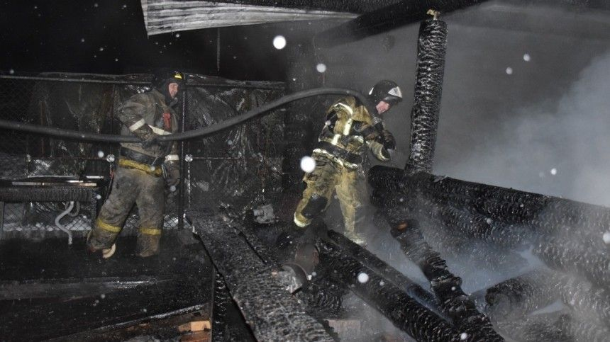 Названа возможная причина пожара внелегальном доме престарелых под Тюменью