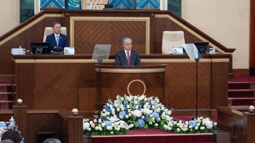 Назарбаев поздравил Nur Otan спобедой навыборах впарламент Казахстана