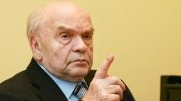 Семья Шаинского получила деньги наустановку могильного памятника отПугачевой