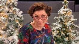 «Это нелепо»: Роза Сябитова назвала свадьбу Бузовой иМанукяна незаконной