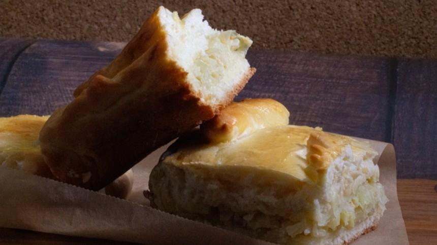 Как приготовить пирог скапустой ияйцом потрадиционному русскому рецепту?