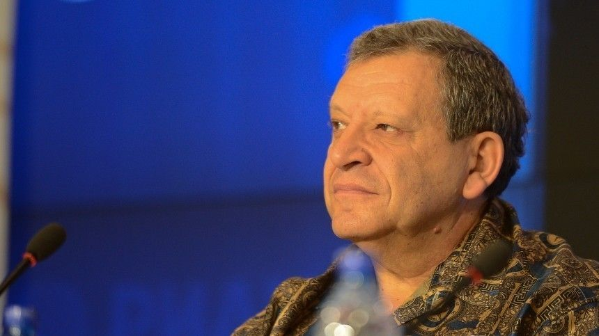 Кто иззнаменитостей старше Грачевского сейчас борется скоронавирусом?