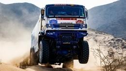 Финишная прямая: экипажи «КАМАЗ-мастер» заставили конкурентов «глотать пыль»