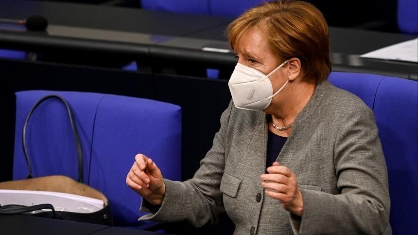 Меркель хочет ввести вГермании «мегалокдаун»