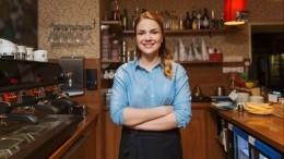 Официантам ипарикмахерам наУкраине запретили говорить склиентами нарусском