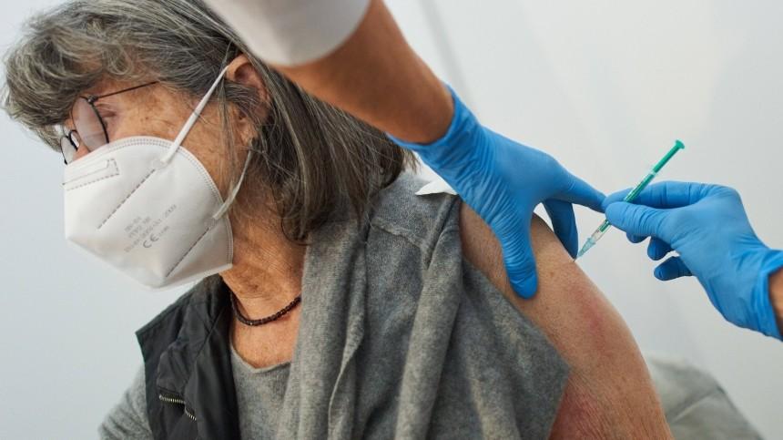 Идея опривилегиях для вакцинированных отСОVID-19 вызвала скандал вГермании