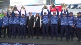 Как вРоссии встретили гонщиков «КАМАЗ-Мастер», одержавших победу в«Дакаре»