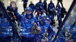 Командная тактика: гонщики «КАМАЗ-Мастера» вернулись после победы в«Дакаре»