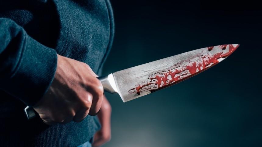 Кровавая месть: пенсионер зарезал 72-летнюю жену, родившую ребенка отдругого
