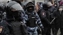 Два уголовных дела возбудили пофакту нападения наполицейских воВладивостоке