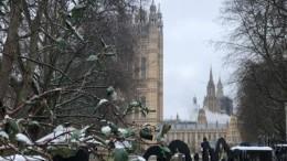 Пожар произошел вздании Вестминстерского дворца вЛондоне— видео
