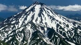 Вулкан Ключевской взорвался наКамчатке