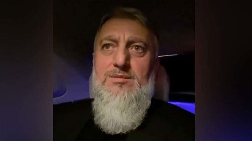 Депутат отЧечни обратился кучастнику драки ссиловиками наакции вМоскве