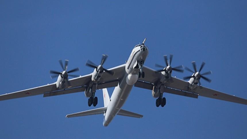 Противолодочные Ту-142 провели плановый полет вблизи Аляски