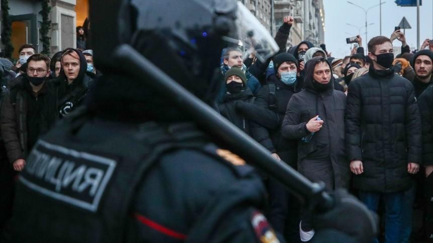 Двое участников субботних незаконных акций задержаны вМоскве