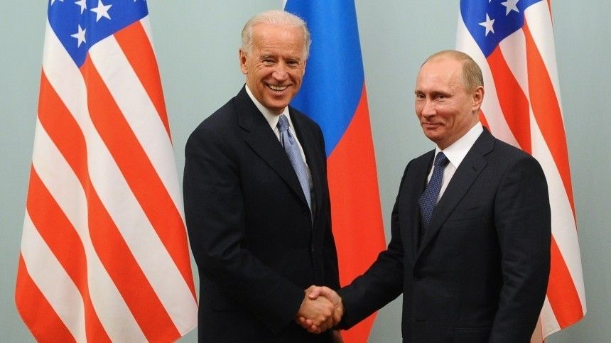 Путин иБайден провели телефонные переговоры