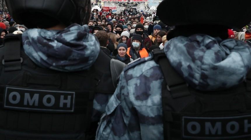Задержан подозреваемый визбиении сотрудника ОМОН нанезаконной акции вМоскве