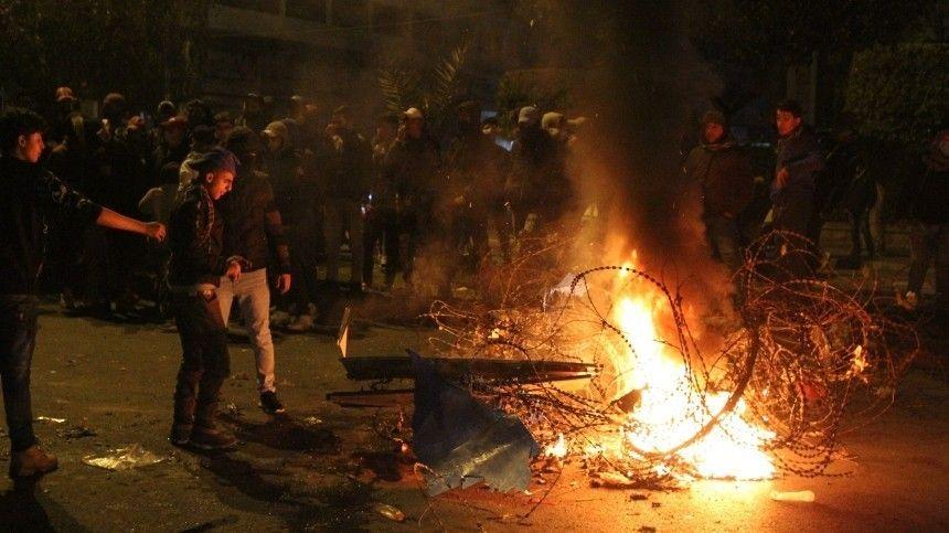 Власти Ливана ввели войска вТриполи из-за мощных протестов против локдауна